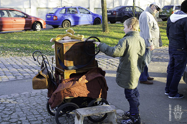 Куда пойти в Праге - прогулка по набережной в Вышеград