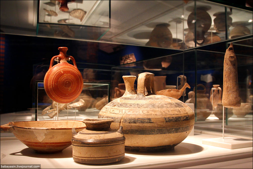 """Чтобы безошибочно определить, предметы какой из культур найдены, археологам хватает одной косточки – свиной. Их обнаруживают только там, где жили """"народы моря"""". Уже тогда евреи свинину в пищу не употребляли. Ханаане тоже."""
