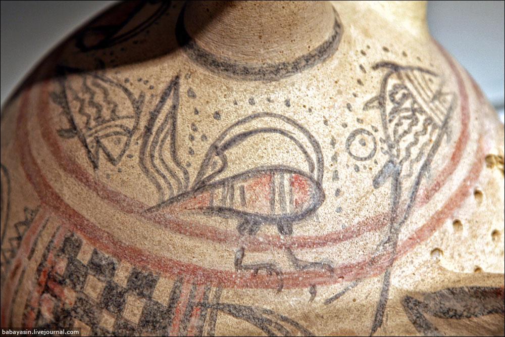 А это птичка с повернутой назад головой – хорошо узнаваемый знак, еще один способ установить, что находку создали филистимляне.